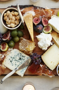 Cheese-and-fruit
