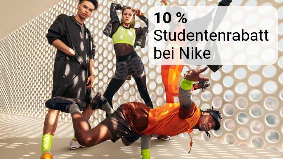 Zwei Frauen und zwei Männer in Sportkleidung als Symbolbild für den Studentenrabatt bei Nike