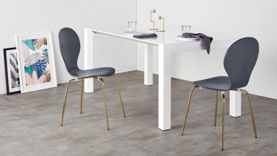 chaises et table salle à manger