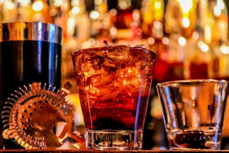 alcool_boisson_sortir_pas_cher_bar