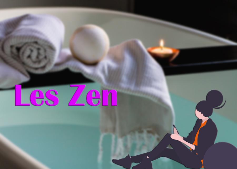 Baignoire avec plateau en bois et serviettes blanches et titre Les Zen