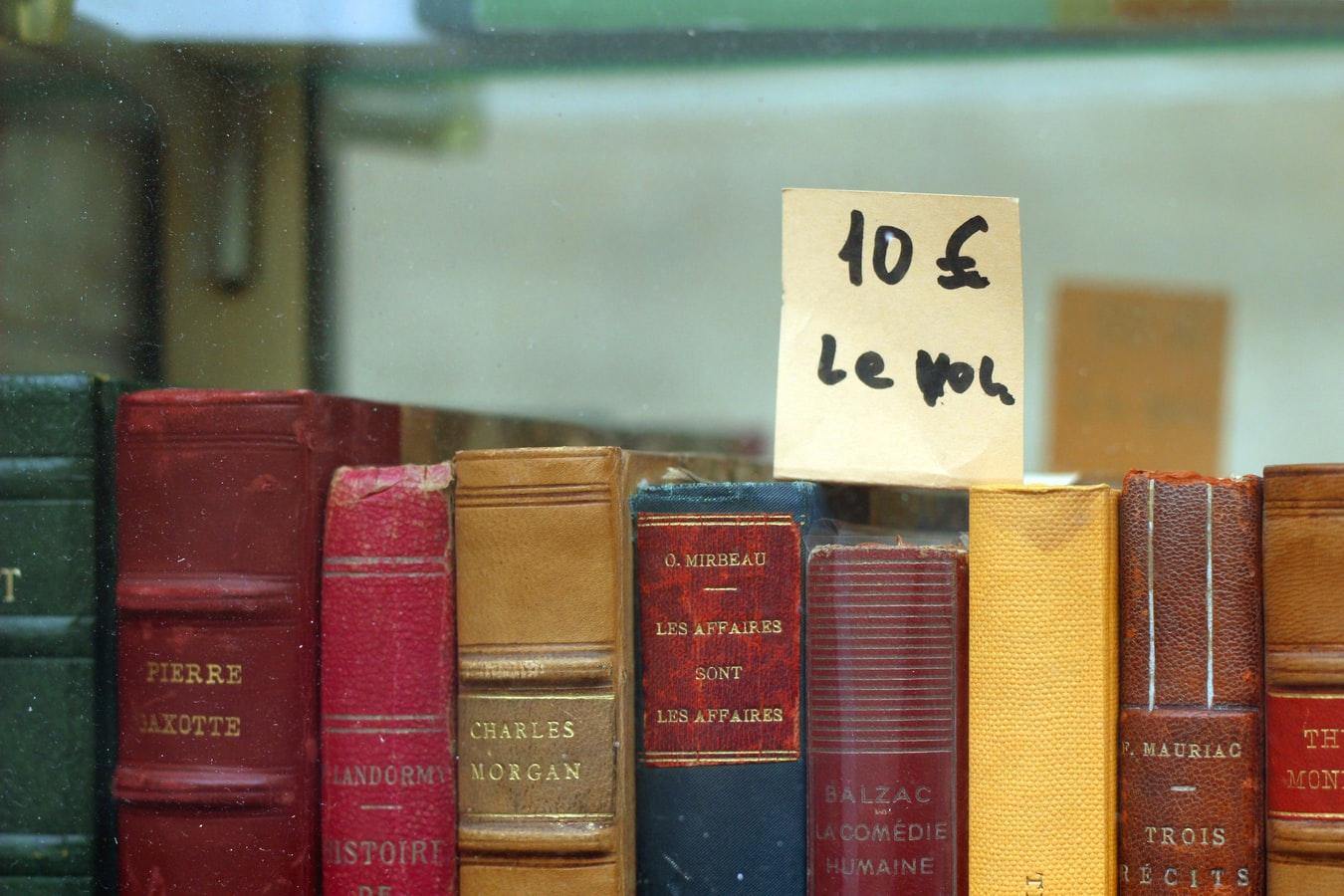 Vieux livres en vente pour gagner de l'argent