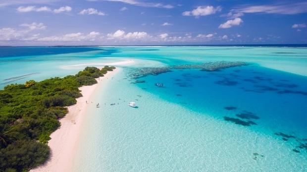 Maldives beach and ocean