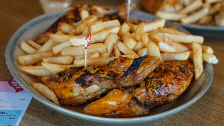 Nanod's chicken and chips