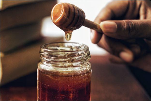 natural honey in jar