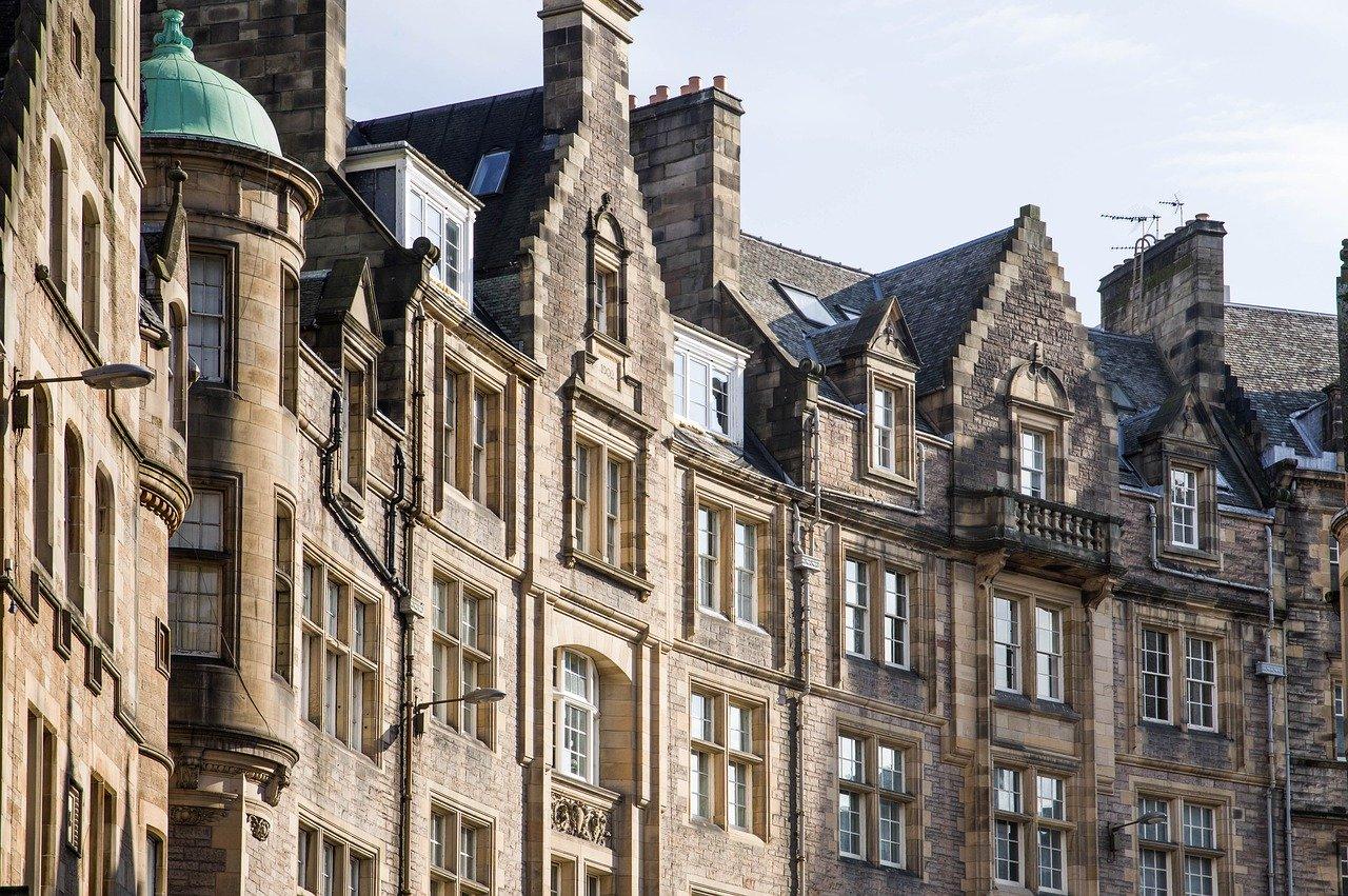 Old streets in Edinburgh
